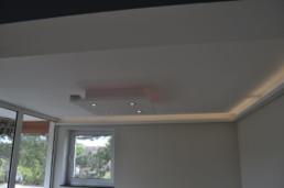 indirekteslicht.de Gipsformteile für Indirekte Beleuchtung mit Lichtvoute Bella Easy